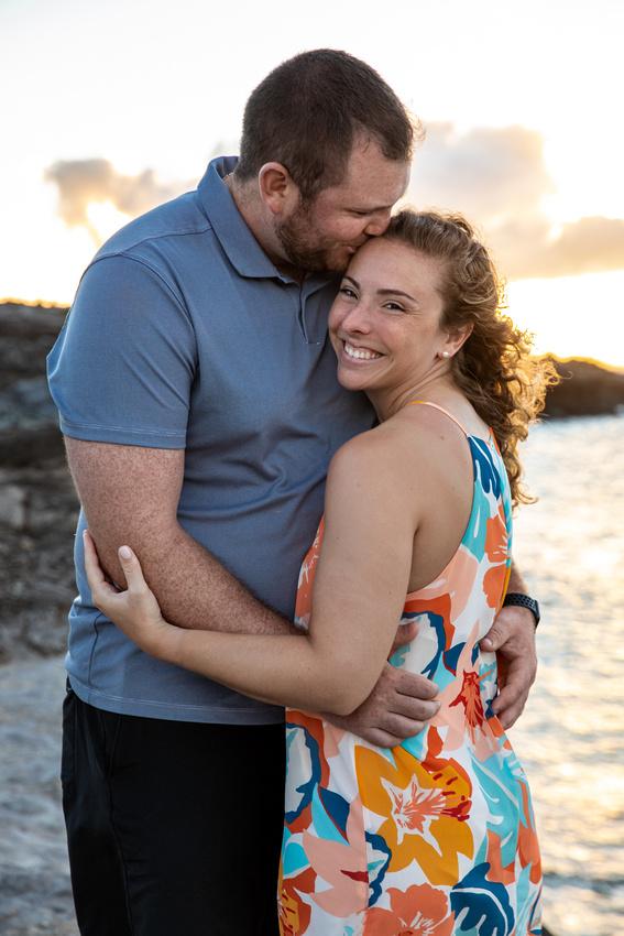 Maui-Honeymoon-Portraits-Madelynne-Lorraine-008