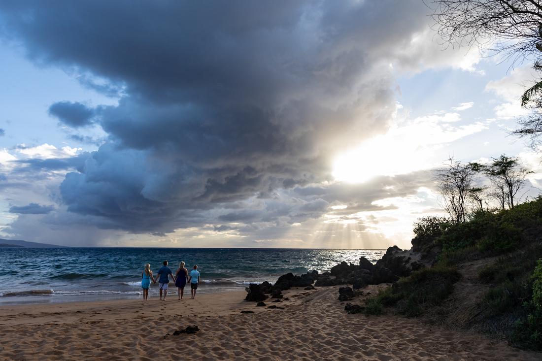 Maui-Beach-Family-Portraits-001