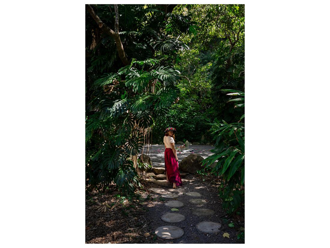 Sacred-Garden-Tropical-Labyrinth-Picnic--002
